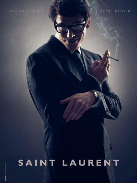 SAINT-LAURENT-premiere-affiche-avec-Gaspard-Ulliel-metamorphose-en-YSL-37765 Christoph Waltz